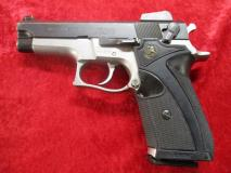 *used* Smith & Wesson 5906 Da/sa